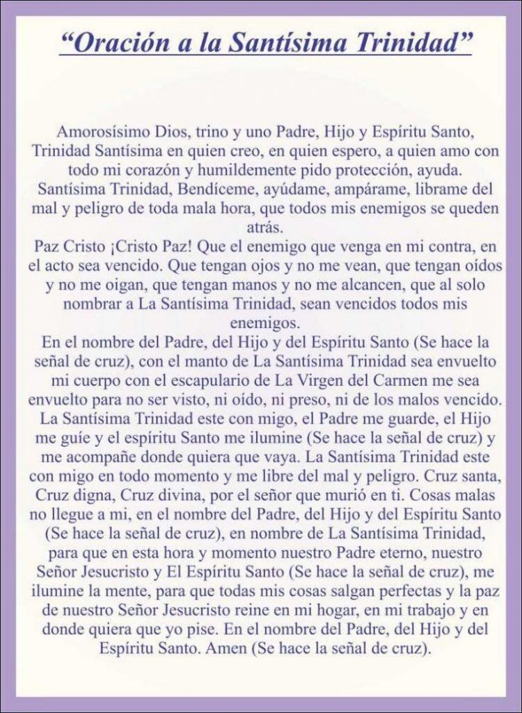 Realiza la Oración a la Santísima Trinidad